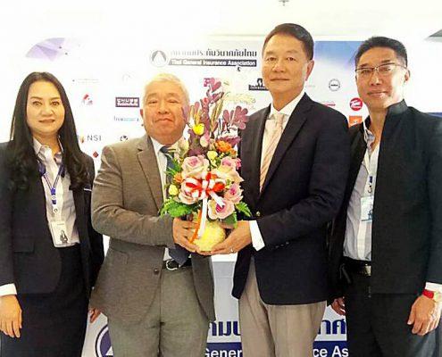 ทีไอไอ แสดงความยินดีผู้จบหลักสูตร ANZIIF THAI รับมอบใบประกาศขั้น Certificated 8